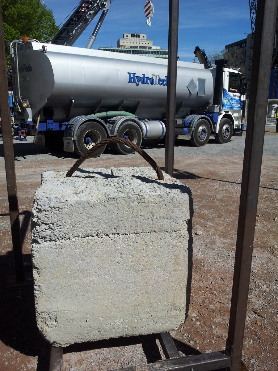 Two ton block for tension