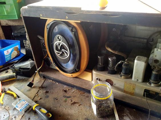 Installing the rear 6x9 speaker.
