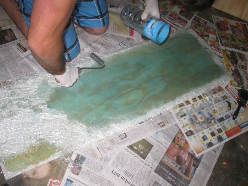 Wetting the fibreglass