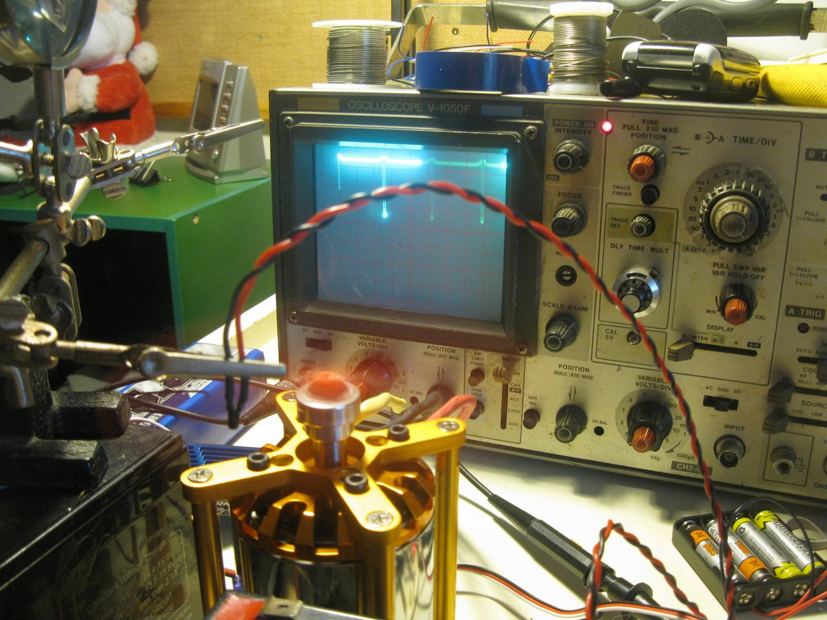 The RPM counter output on the oscilloscope.