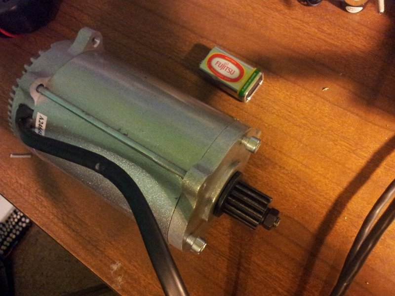 The new 800W, 36V brushed motor I got after the BLDC motor blew up.