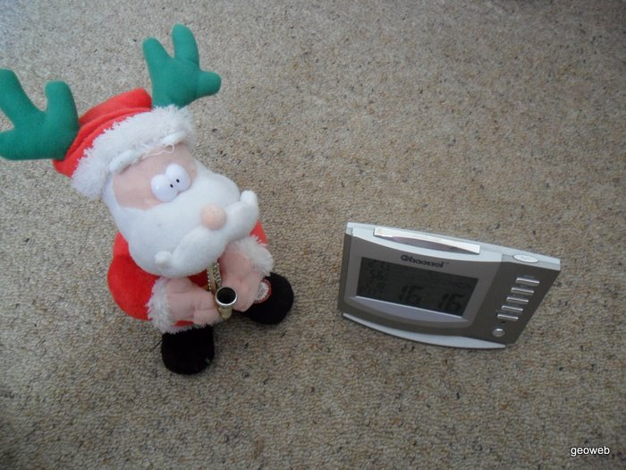 Santa alarm 01