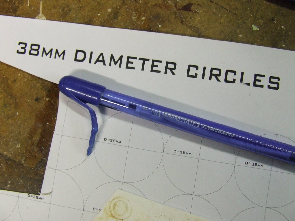 05 38mm diameter circles